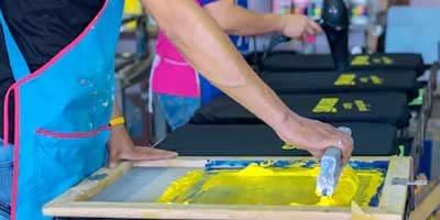 polo shirt logo printing shops suppliers dubai sharjah abu dhabi ajman uae